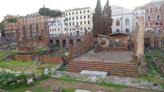 Tomba di Cesare: restos romanos
