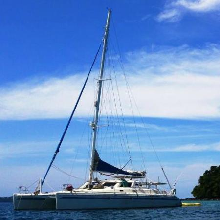 Бокас, Панама: 47 feet of deluxe sailing fun