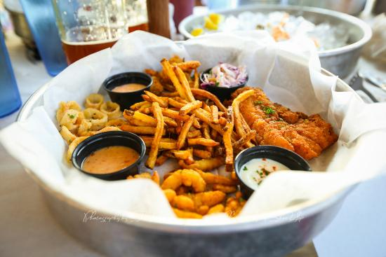 Coach's crab shack: Fisherman's Platter