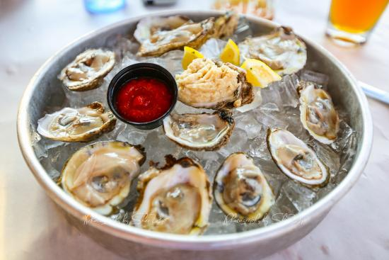 Coach's crab shack: oysters