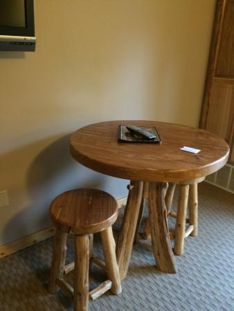 Lakewood, WI: FUN FURNISHINGS