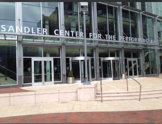 ‪Sandler Center for the Performing Arts‬