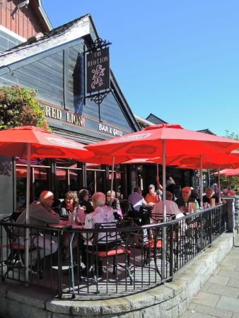 Red Lion Bar And Grill West Vancouver