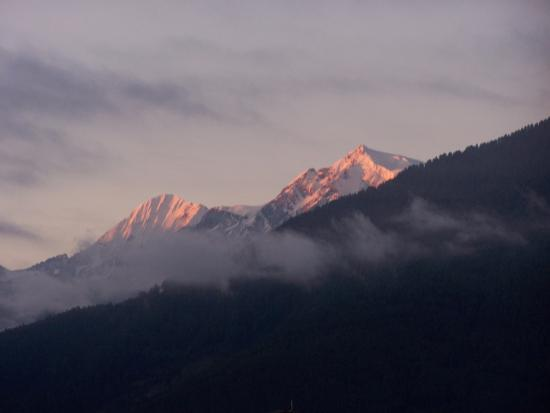 Garni Platzer: Blick vom Zimmer Morgens auf den Ortler