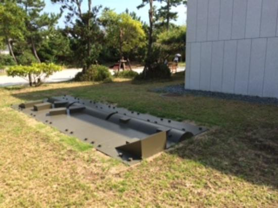 Kanagawa Prefectural Museum of Modern Art Hayama: 屋外展示