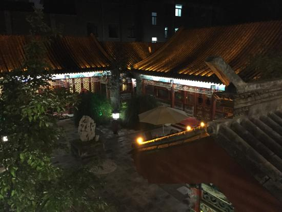 Han's Royal Garden Hotel: photo2.jpg