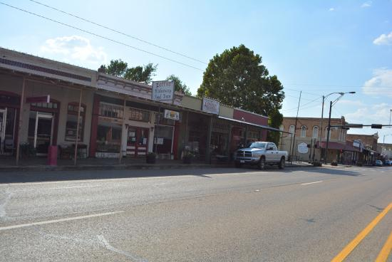Calvert, TX: Overview of Zorro's