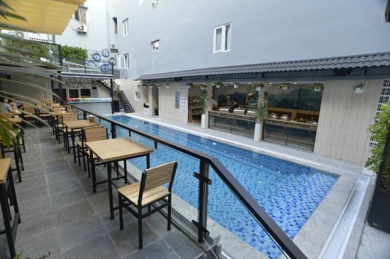 Beautiful saigon 3 hotel au 49 a u 5 7 2018 prices for Beautiful hotels