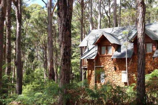 Beedelup House Cottages: Our stone cottage Hansel
