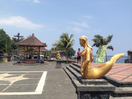 Kawasan Wisata Pantai Eks Pelabuhan Buleleng Singaraja