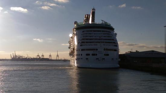 Cruise Ship View Picture Of Mayflower Park Southampton - Southampton cruise ship parking