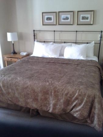 Барри, Канада: very comforyable king size bed