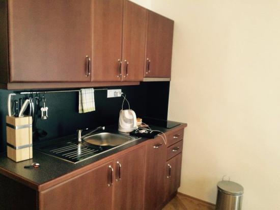 Residence Thunovska 19: Cuisine