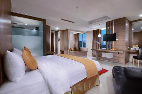 애스톤 람풍 시티 호텔