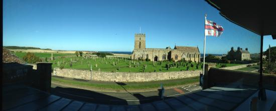 Bamburgh Hall Farm: Church next door where Grace Darling is buried. View from RNLI museum.