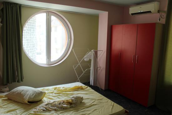 Ahtopol, Bułgaria: Трехместный номер