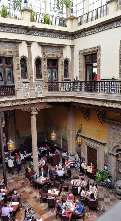 Azulejos tienda y restaurante picture of sanborns de los for Los azulejos restaurante