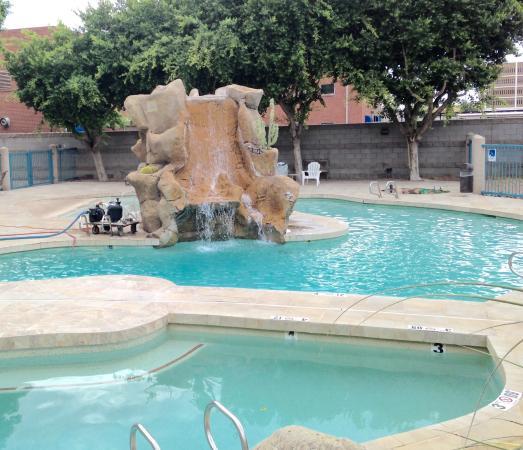 Swimming Pool Behind Building Picture Of Wyndham Garden Phoenix Midtown Phoenix Tripadvisor