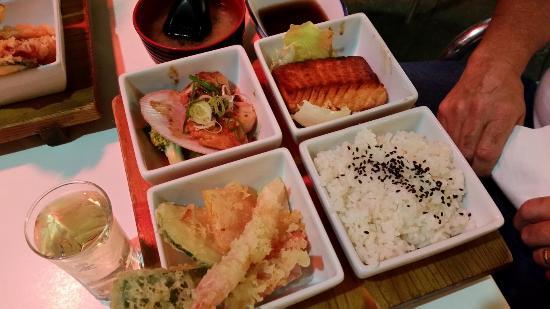 Ginga Japanese Restaurant: Seafood Bento