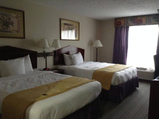 Country Inn & Suites by Radisson, Fairborn South, OH: Quarto