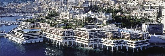 Fairmont Monte Carlo: Hôtel vu depuis la mer