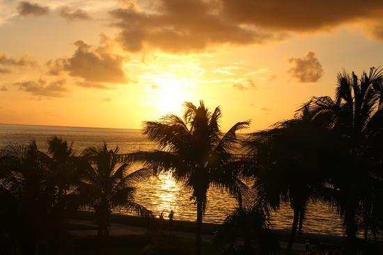 Moon Palace Cancun: sunrise
