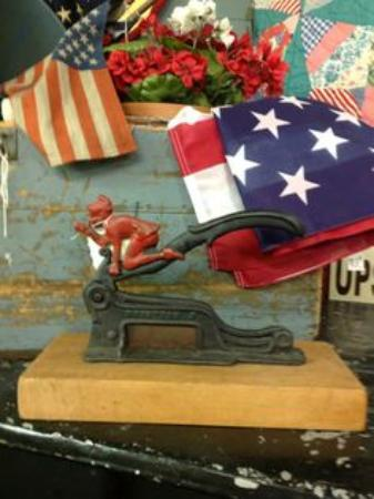 Greeneville Antique Market : Beautiful antiques and collectibles