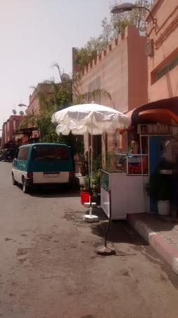 Riad Al Nour: Road to Jmaa el-Fnaa