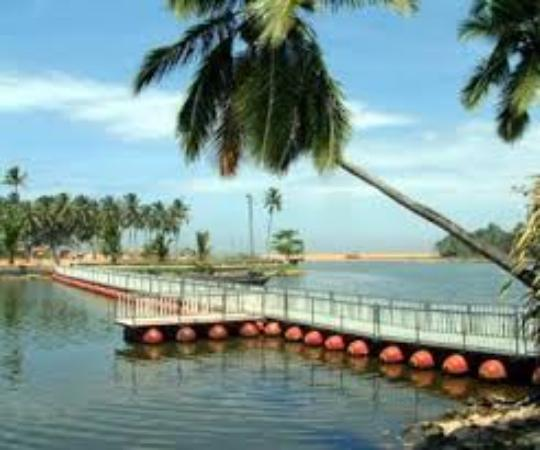 Thiruvananthapuram Travel: Veli Tourist Village (Trivandrum)