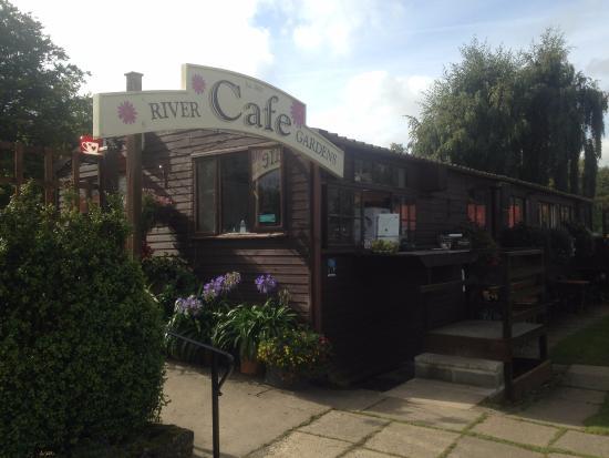 Sleights, UK : River Gardens Cafe