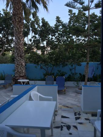 Dimitris Villas: Terrase room 13