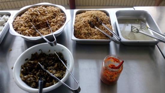 Dongfang Hotel: breakfast