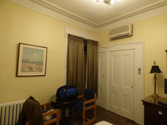 أوتيل مانوار دي ريمبار: Room 201