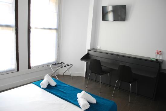 loaldia escritorio dormitorio