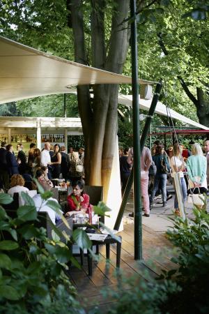 Laurin Bar : Aperitiv @ Summer Lounge Bar in the Park