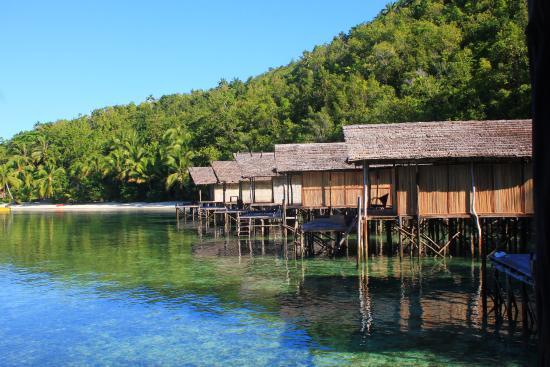 Salah satu rumah kayu doberai picture of raja ampat doberai eco resort raja ampat tripadvisor - Raja ampat dive resort reviews ...