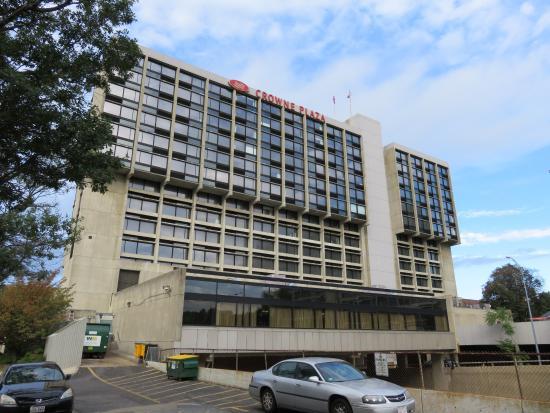 Crowne Plaza Boston Newton Hotel View Of