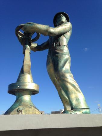 Caleta Olivia, Argentina: monumento