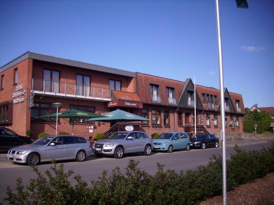Hotel Wittensee: Hauptgebäude mit Restaurant