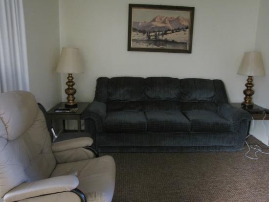 Alpine, WY: Livingroom
