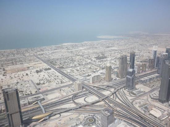 how to go to burj khalifa