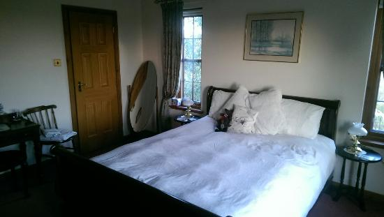 Falls of Holm: Ilsa Room is lovely!