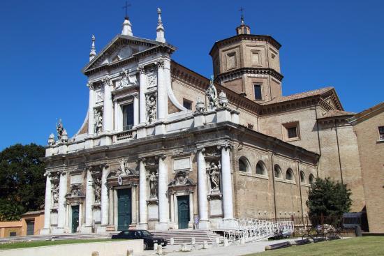 Basilica di Santa Maria in Porto