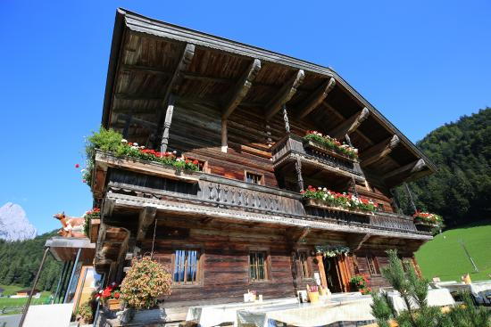 Tiroler Schaukäserei Wilder Käser