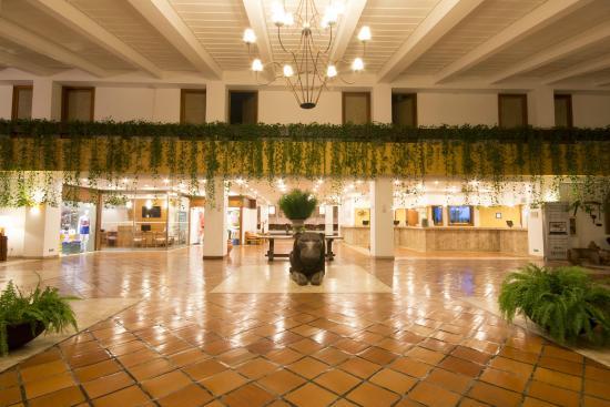 Hotel Transamerica Ilha de Comandatuba: Lobby