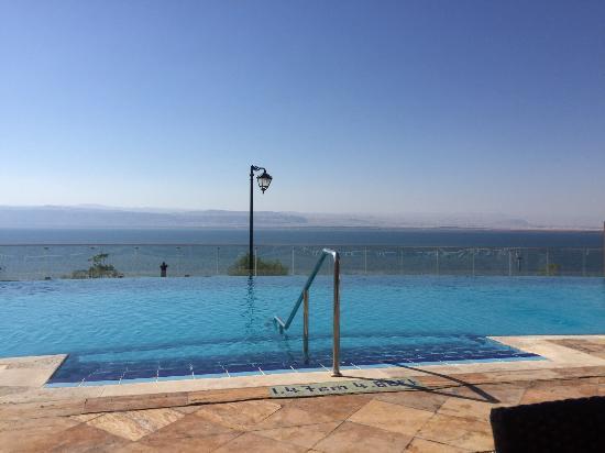 Crowne Plaza Jordan - Dead Sea Resort & Spa Photo