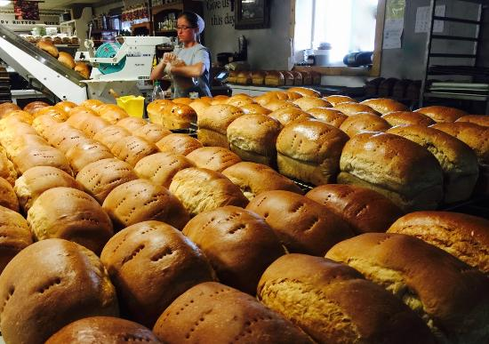 Whiteville, TN: Hot bread right out of the oven!! Is there anything better?