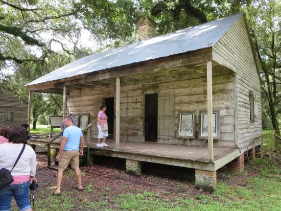 Old River Road Plantation Adventure: Evergreen Plantation Slave Houses