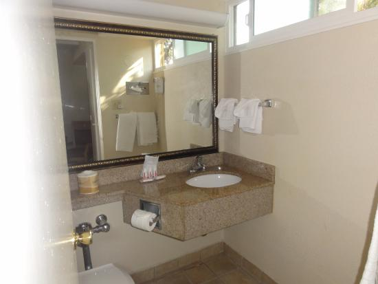 Ukiah, Kalifornia: Bathroom