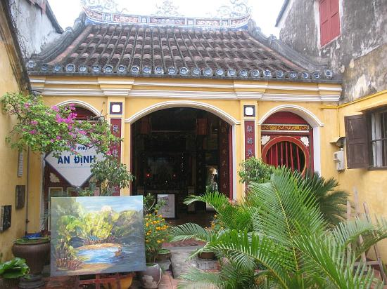 Hy Hoa Temple